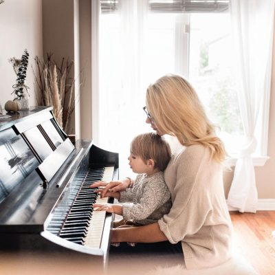 Is One Hour Of Piano Playing Session Really Worth It?